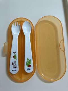 Avent toddler cutlery set and travel case 12m+