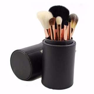 ✨ INSTOCK SALE: Morphe Brushes 7 piece rose brush set