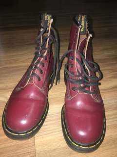 Dr Martens 1460 8-eyelet Cherry Red Boots
