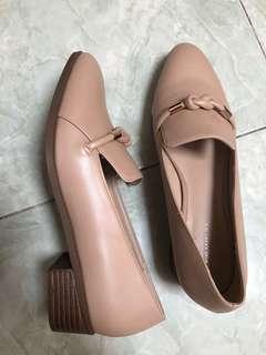 Sepatu Midheels