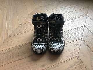 Adidas kid mono hi-top sneakers shoes 男女童高筒波鞋