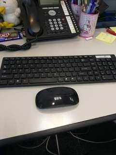 全新無線鍵盤連mouse,冇用過,特價