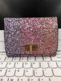 Lady sparkling card holder