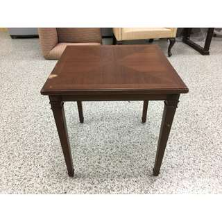 香榭二手家具*胡桃實木 古典方形小茶几-邊几-邊桌-矮桌-休閒桌-客廳桌-沙發桌-咖啡桌-木桌-和室桌-中古家具-二手貨