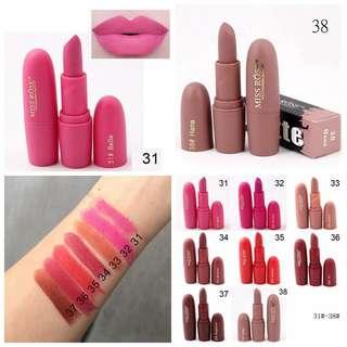 Lip Gloss Matte Lembut
