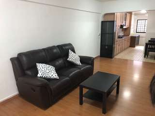 1 bedroom whole house @ 207 Bukit Batok St 21