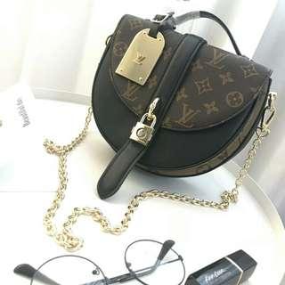 Louis Vuitton Venice Damier