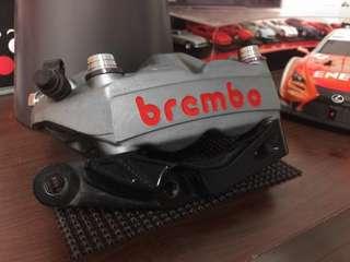 BREMBO HPK M4 / 1098 輻射 #單左卡 + 勁戰四代專用 惡搞卡鉗座