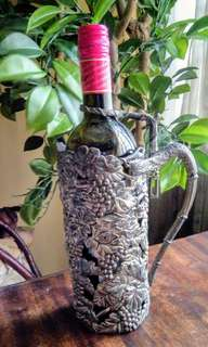 ⭐ANTIQUE INTRICATELY CARVED WINE HOLDER⭐