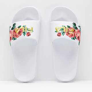 【Footwear Corner鞋角 】FILA Embroidery Slide Desert Flower 刺繡拖鞋