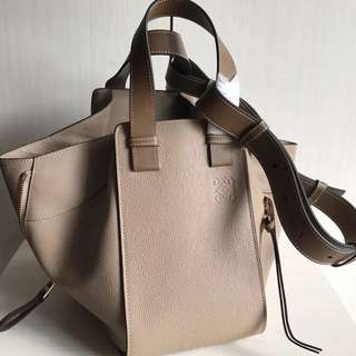 Loewe Hammock Bag (Just look at the price without looking at quality.Please bypass,Tq)