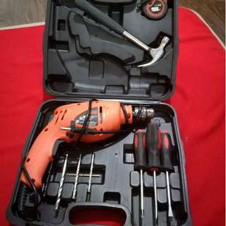 Black and Decker Hammer Drill HD400