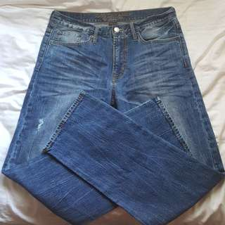 AMERICAN EAGLE OUTFITTERS CORE FLEX STRAIGHT JEANS