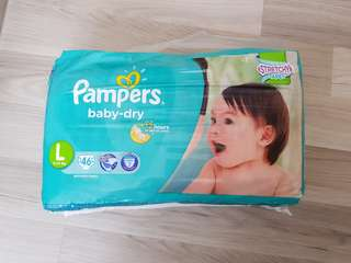 BNIB pampers baby dry tape diapers L size