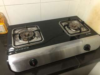 Gas stove in very good condition