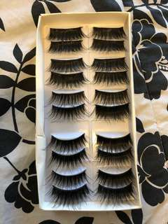 10 pairs of mink lashes