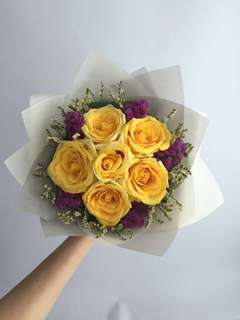🚚 Fresh Rose Flower Bouquet