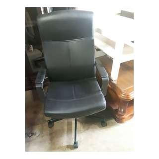 辦公椅 二手家具 中古家具 二手椅子 中古椅子