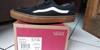 Vans old school black gum