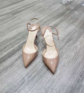 Authentic Christian Louboutin Rivierina Patent Heels