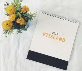 FTIsland 2010 Desk Calendar