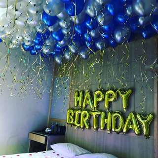 Helium balloons for surprise room deco