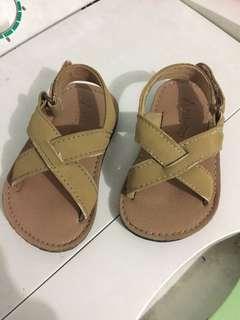 Baby Gap unisex sandals