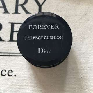 🚚 Dior skin forever perfect cushion
