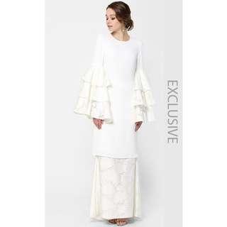 Syaiful Baharim Roselia Kurung in White