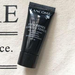 🚚 Lancome Long lasting softening concealer