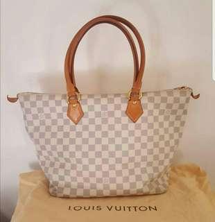 100%real 85%New Lv white shoulder bag