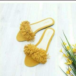 Sandal rumbai new size 40 tapi muat size 39-40 jual rugi freeongkir jabodetabek