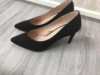 🚚 H&M 黑色性感OL高跟鞋
