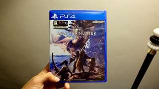PS4 Monster Hunter World R3 - SELL/SWAP ✨