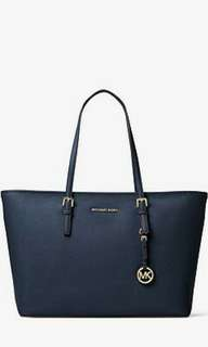 Michael Kors jet set travel medium saffiano