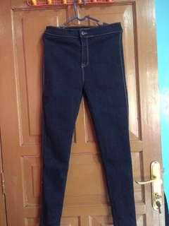 Highwaist dongker jeans