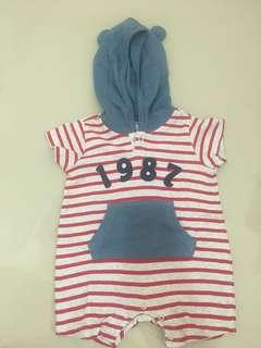 Miki baby stripe like new