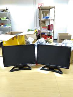 得返一個 19吋 顯示屏 顯示器 電腦芒 Topcon 包電線火牛