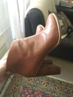 Ted Baker leather boots, chestnut color, s37