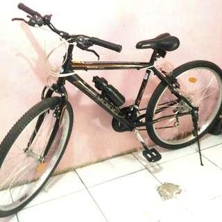 Sepeda gunung keren♡
