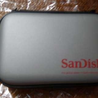 San Disk SD 卡盒 ...