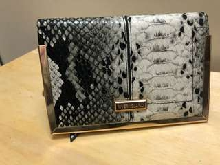 RIVER ISLAND PASSPORT HOLDER