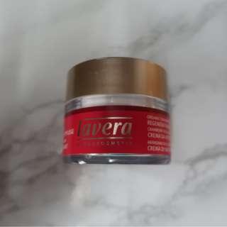 全新包郵 50ml 晚霜 LAVERA Organic Cranberry Regenerating Night Cream for Mature Skin 50ml
