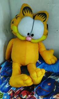 GARFIELD   orginal..PILLOW TOY
