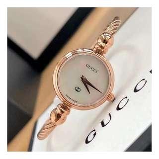 義大利品牌 Gucci Watch 復古限量版 女士 石英手錶 腕錶 原盒包裝 (WT30-450)