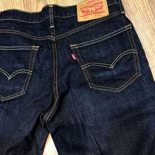 🚚 Levi's 541原色短褲(28)