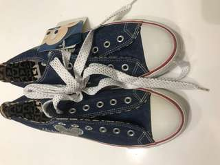 🚚 深藍 米奇 帆布鞋