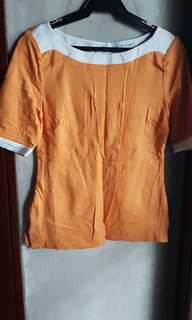 BANANA REPUBLIC WOMEN'S COLORBLOCK SHORT SLEEVE TOP, USA XS-ORANGE