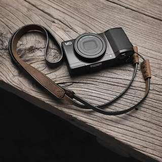 hand made leather camera strap