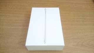 iPad Mini 4 128GB Wifi + free cover